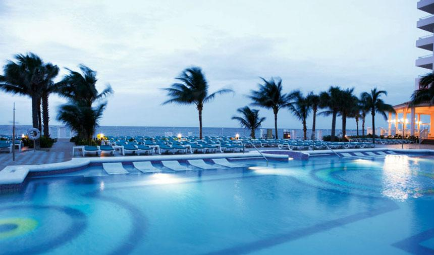 RIU Paradise Island Pool View